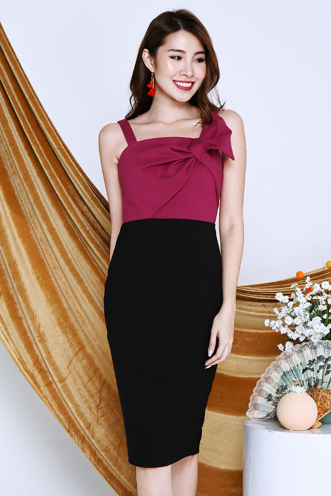 Adeline Ribbon Colour Block Dress - Fuchsia / Black [S/M/L/XL]