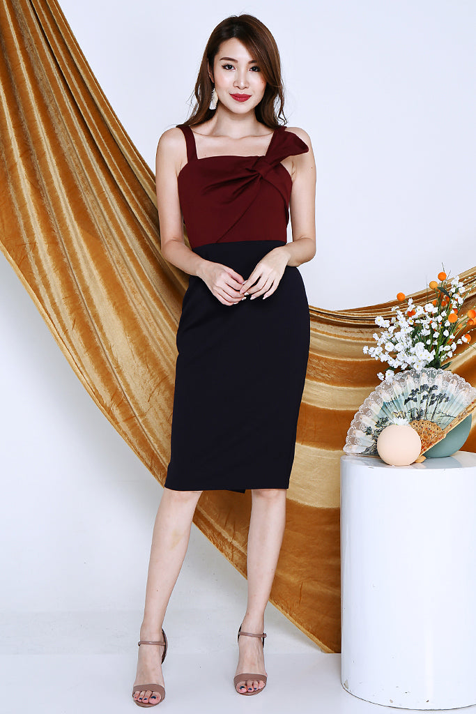 Adeline Ribbon Colour Block Dress - Wine / Navy [S/M/L/XL]