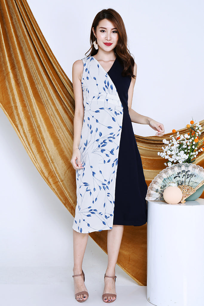 Eliza Floral Foldover Dress - Navy Blue [S/M/L]