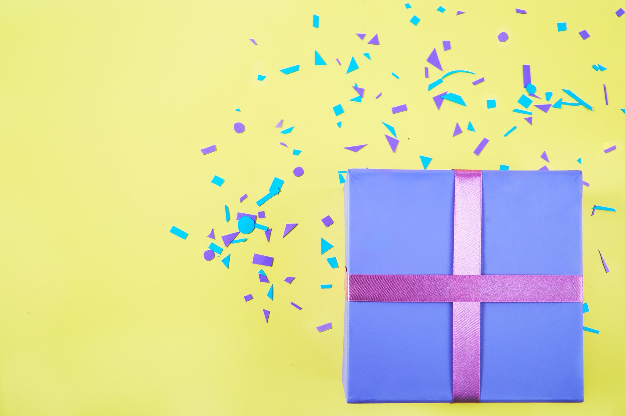 Congratulations Wraped Gift box