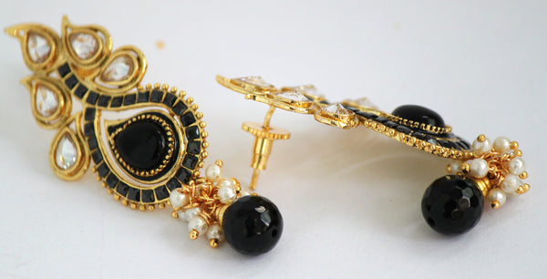 Antique Gold Plated Stone studded Drop Earring, Black - SharePyar - 4