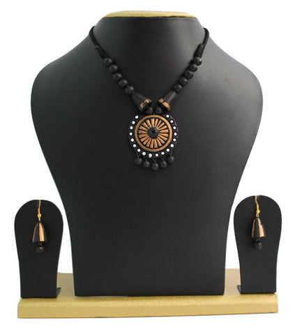 Handmade Terracotta Jewellery, Necklace Earring Set, Black / Gold - SharePyar - 1
