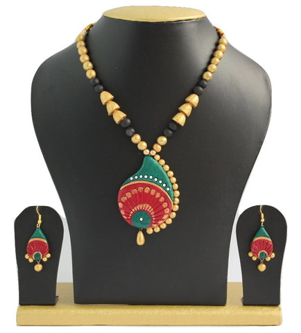 Handmade Terracotta Jewellery, Traditional Necklace Earring Set, Green & Red - SharePyar - 1