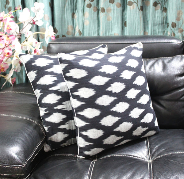 SharePyar Handloom Cushion Cover - Ikat Chevron Pattern in Black & Grey - 16 x 16 Inch - Set of Two - SharePyar - 4