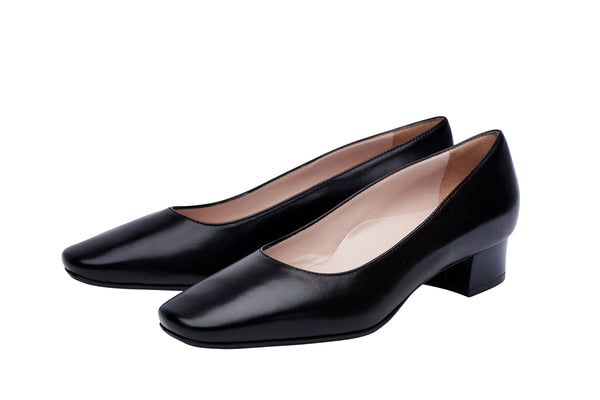 Louise M Low Heel Court