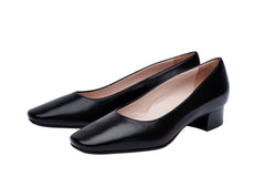 3cm black leather court shoes. Corporate women and airline cabin crew. Very comfortable all day shoes