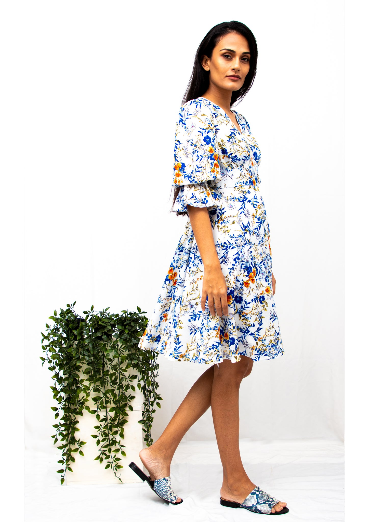 Poplin Puffed Sleeve Floral Dress (White)