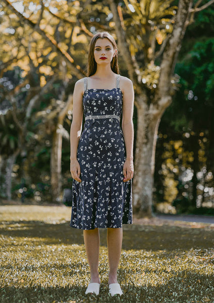 Eden Laced Floral Dress (Navy) - Moxie