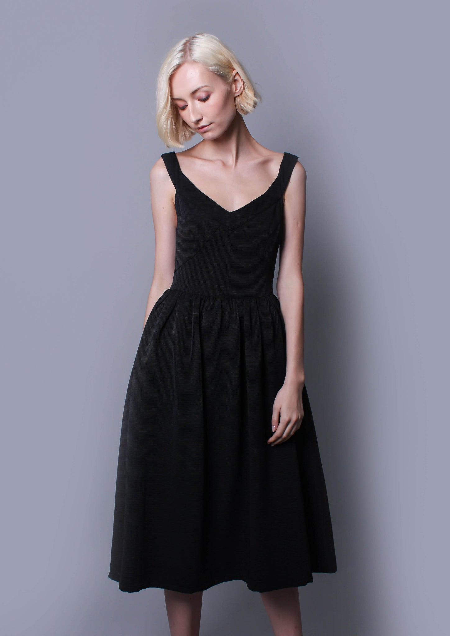Distraction Dress (Black) - Moxie