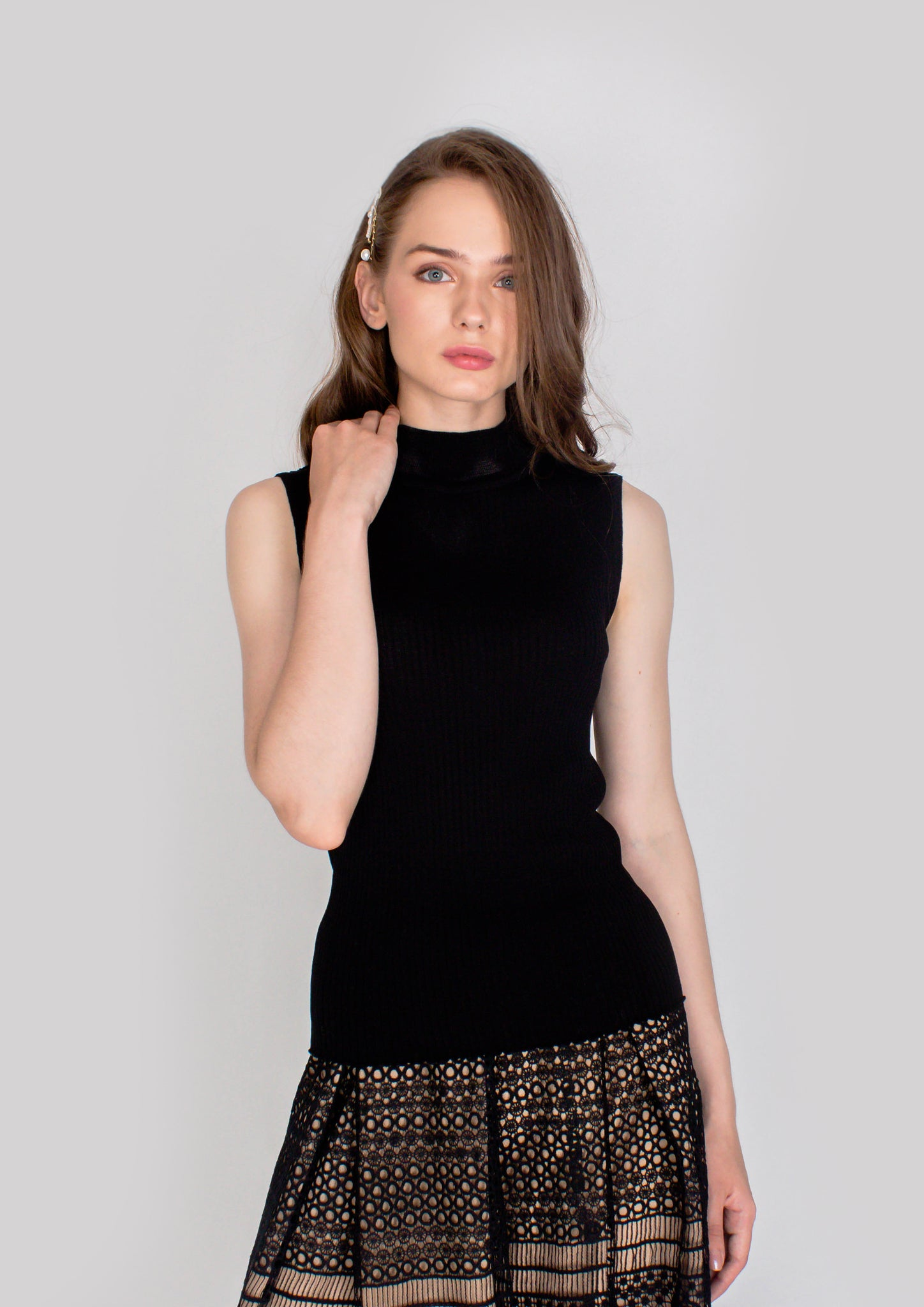 Adrienna Sleeveless Knit Top (Black) - Moxie