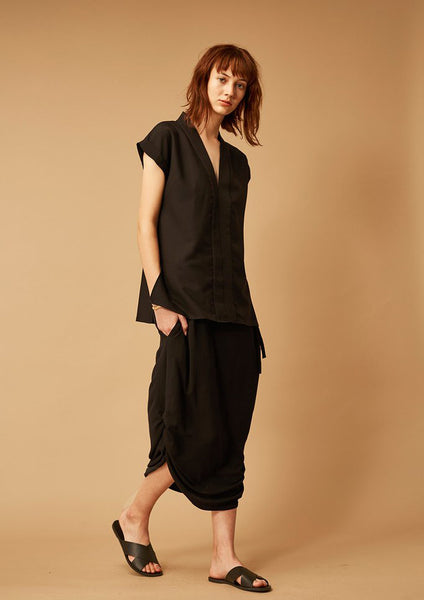 Full Moon Structured Top (Black) - Moxie