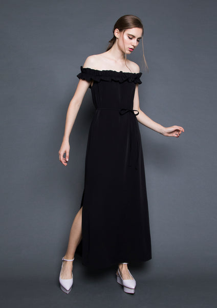 Ruffle Off-Shoulder Maxi Dress (Black)