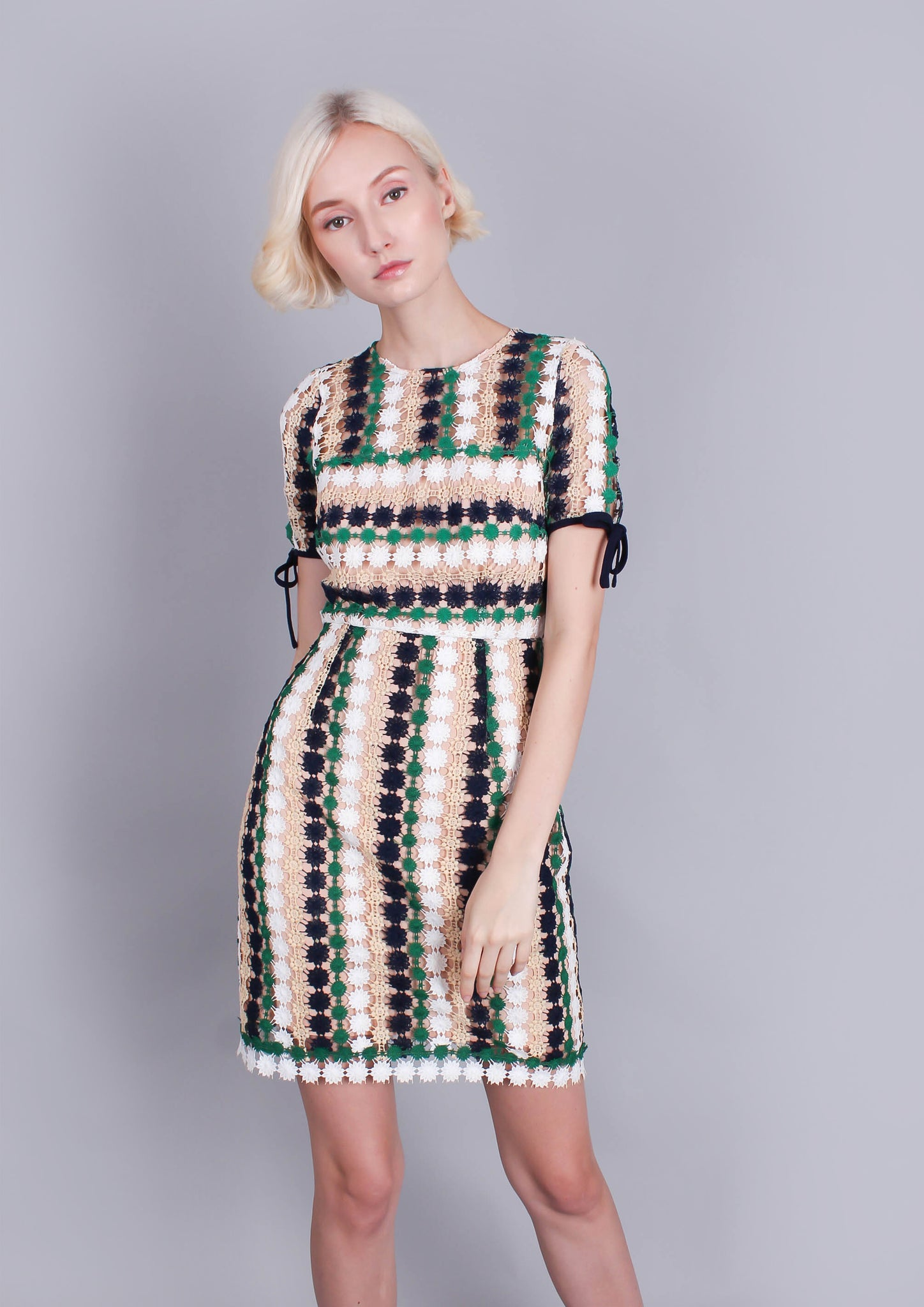 Amelia Tricolor Shift Dress - Moxie