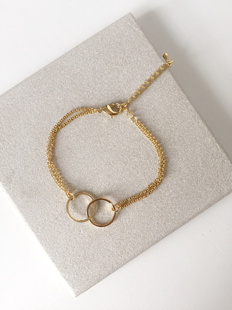 Everyday Bracelet - Double Circle
