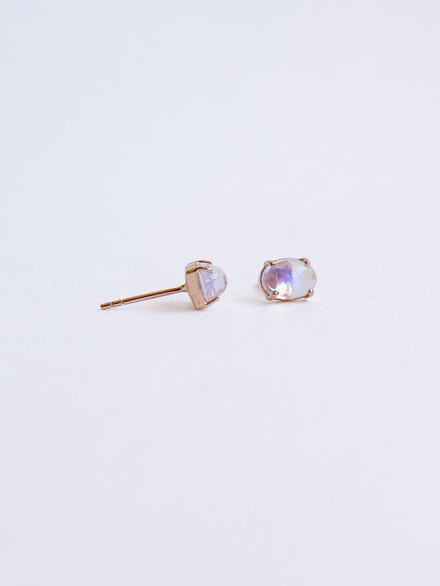 Element Ear studs - Moonstone in 18k Rose Gold
