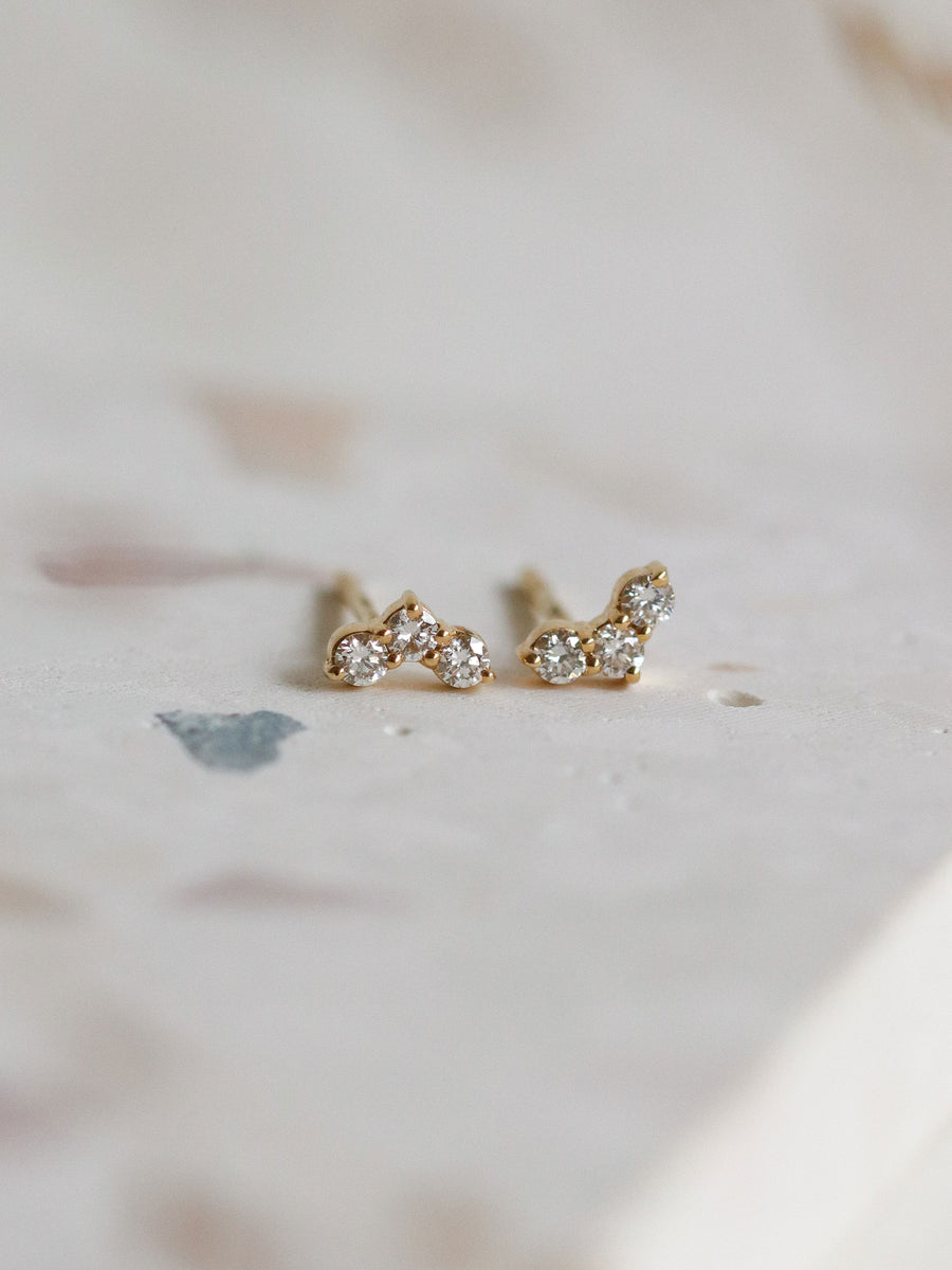 Ombre Sky Ear studs - Diamonds in 18k Gold