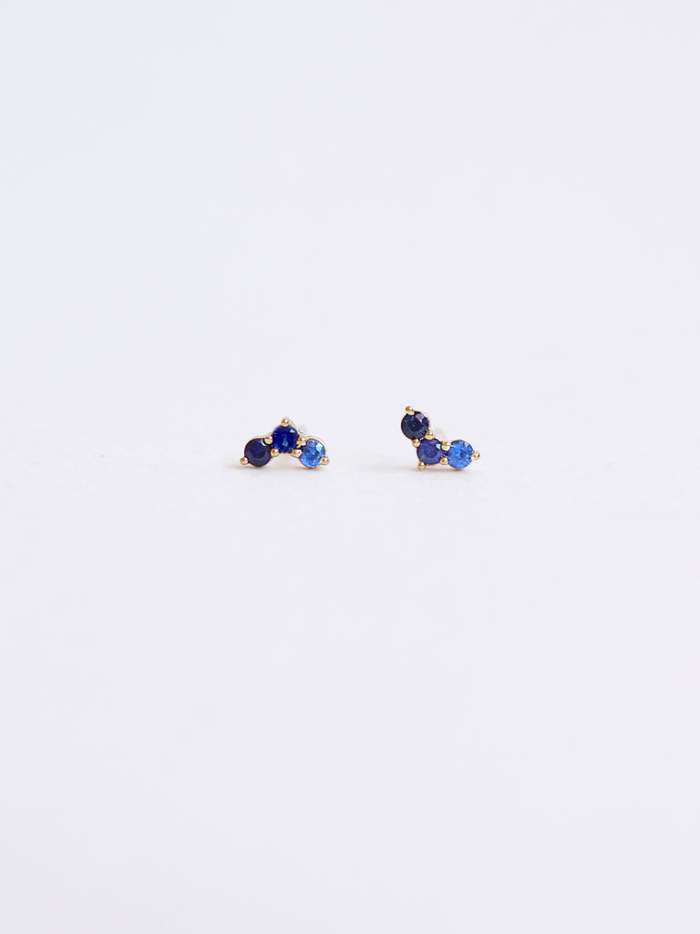 Ombre Sky Earstuds - Blue Sapphires in 18k Yellow Gold