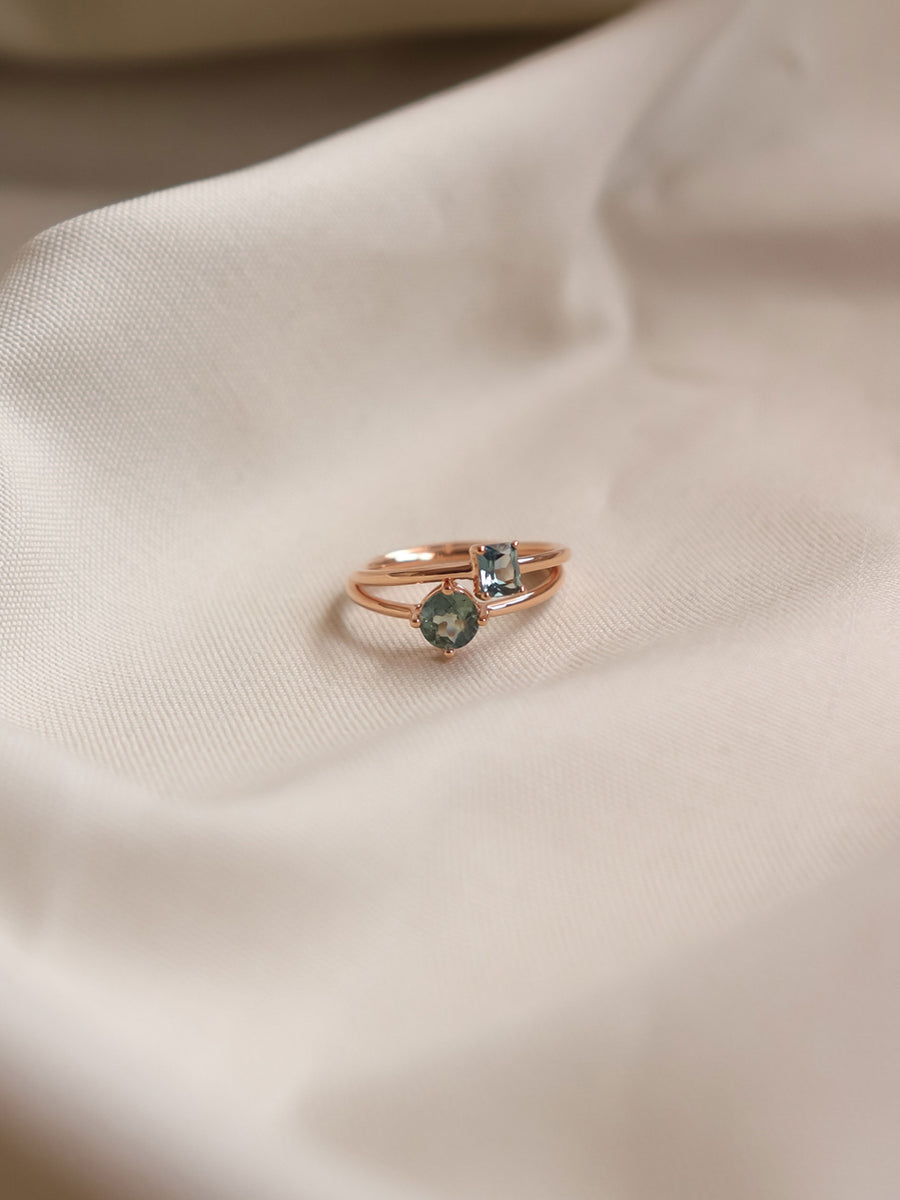 One-of-a-Kind Compass Ring - Round Parti Sapphire in 18k Rose Gold