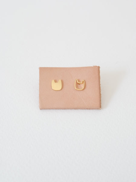 PLAIN - Cat Earstuds - Gold / Silver