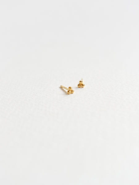 PLAIN - Trio Sphere Ear Stud in Gold
