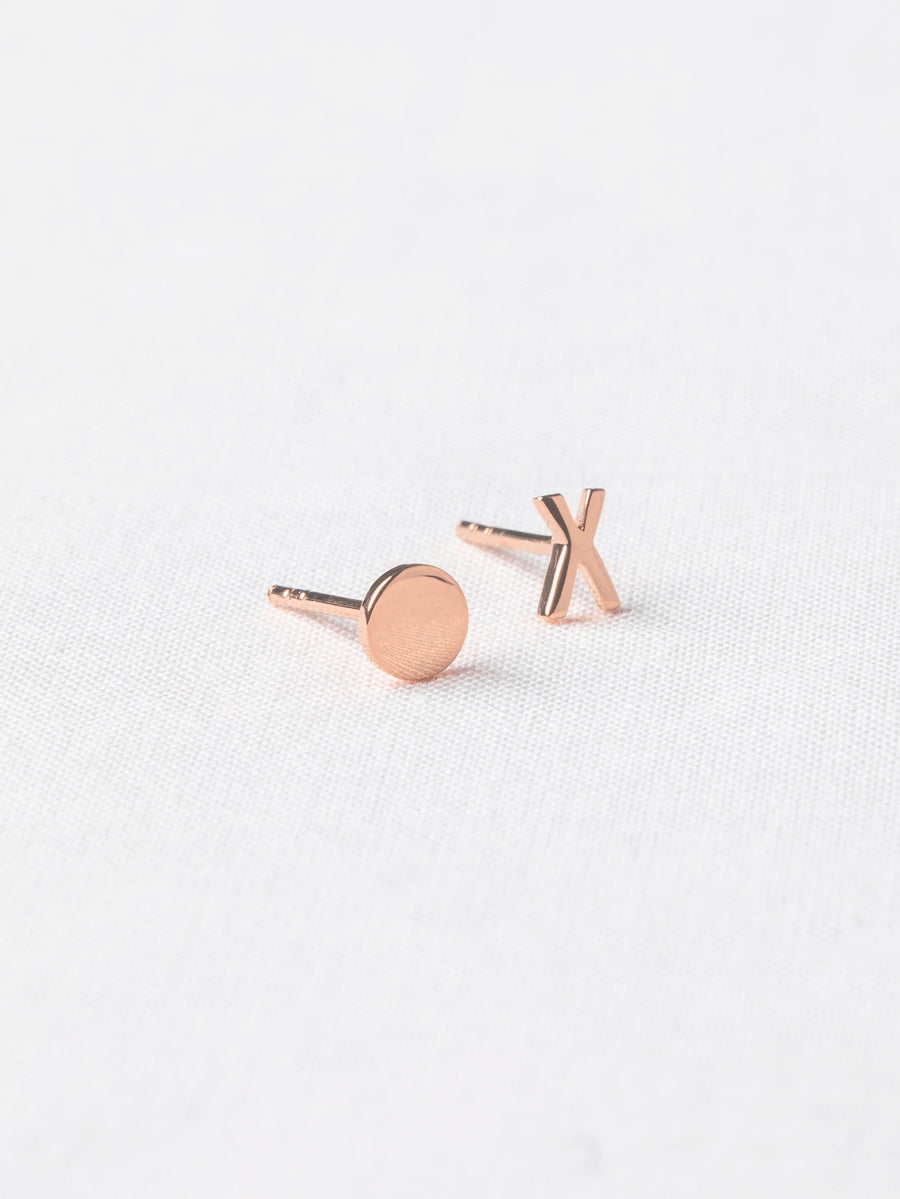 XO Ear Studs (Rose Gold)