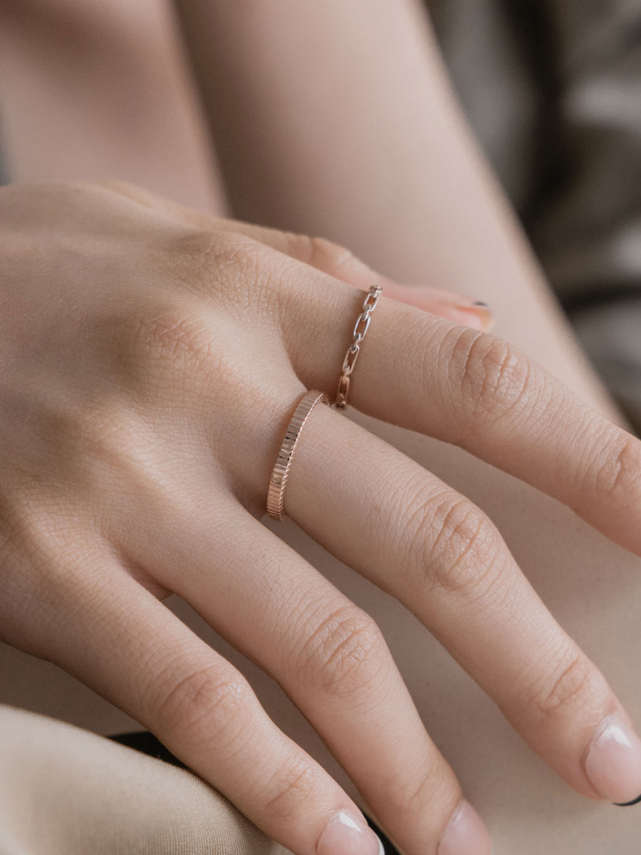 Line Ring (Rose Gold)