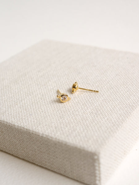 Flynn Earstuds - White Topaz in Gold
