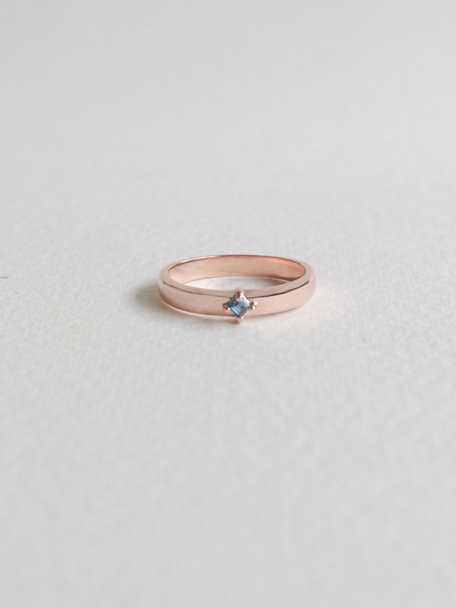 Khloe Ring - London Blue Topaz (Rose Gold)