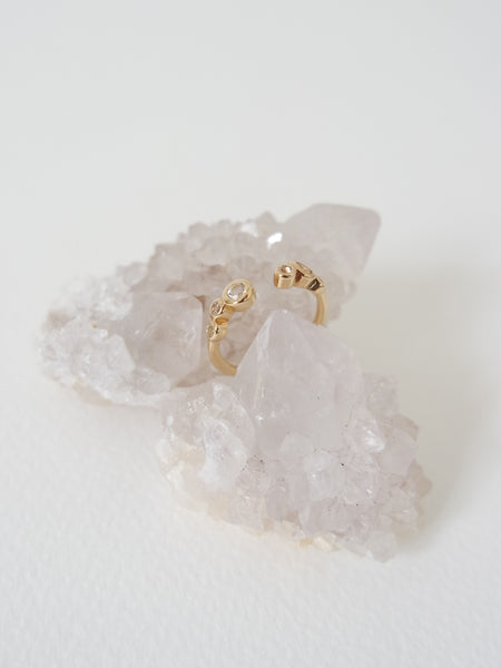 Sierra - White Topaz on Gold