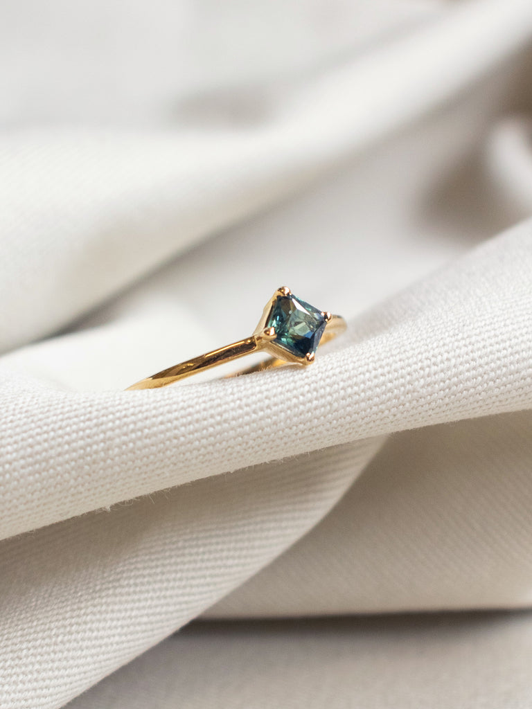 One-of-a-Kind Compass Ring - Square-Cut Parti Sapphire in 18k Gold