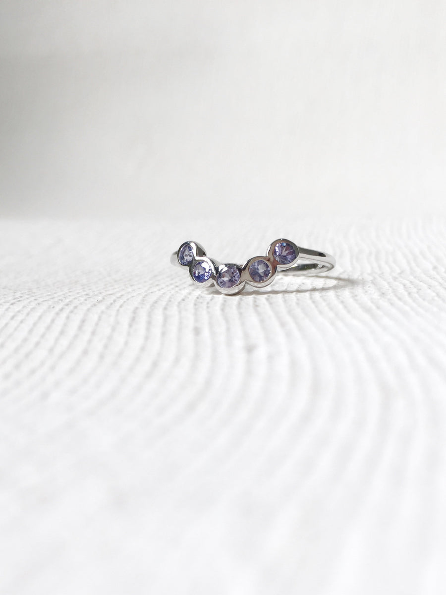 The Curve Ring - Tanzanite (Silver)