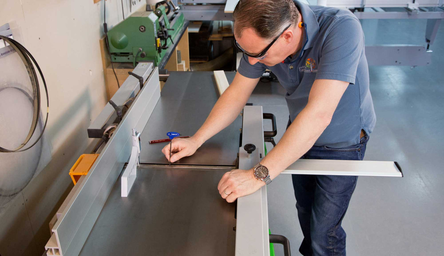 A-Z of Jointer Set Up & Maintenance DVD Review, The Woodworker Magazine
