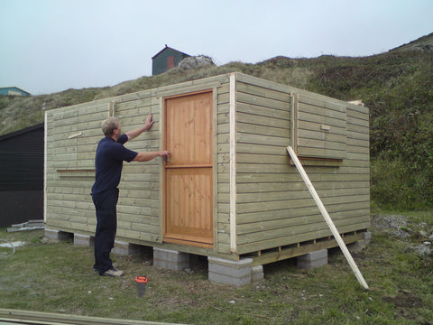 Mr & Mrs W– Portland Bill, Dorset – 14ft x 11ft Customised Beach Hut, Installation Photo 4