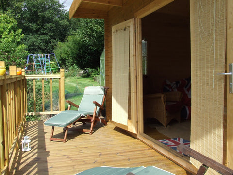 Mr & Mrs E– Dorchester, Dorset – 5.2m x 3.4m – 44mm log Open Plan Barbados Log Cabin – 2.5m Maximum Height, Completed Photo 7