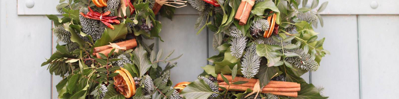 DIY Christmas Wreath Tuesday Night - Onshore Cellars