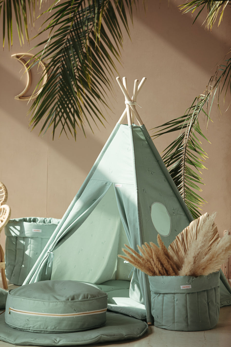 Minty Green Teepee Set