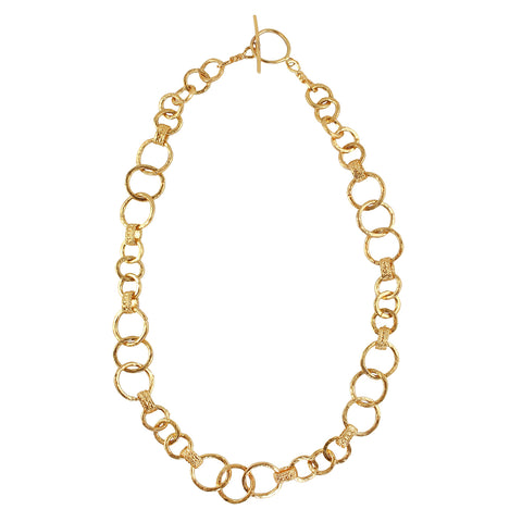 Sometimes all an outfit needs is a solid gold chain.  Look no further as you have found the perfect one.  Easy to wear and incredibly decorative, the gold chain of your dreams.