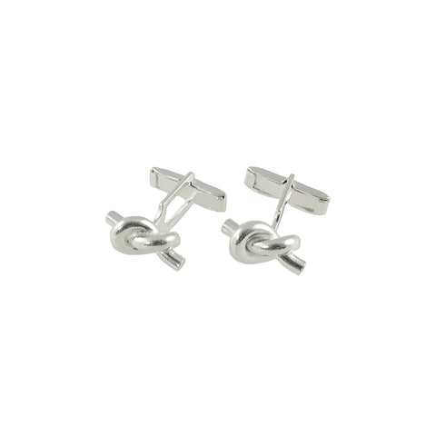 These classic cufflinks are from Taxco, the silver mining capital of Mexico. Classic in design made out of 925 pure silver, they was crafted in Mexico by silversmiths that learned their trade on the knees of their grandfathers. Very few places in the world still have that kind of tradition left.