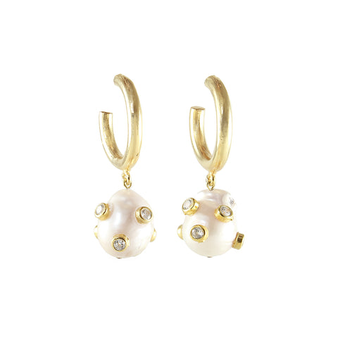 sliver gold plated earrings with white pearl and white cubic zircon stone on from turkey