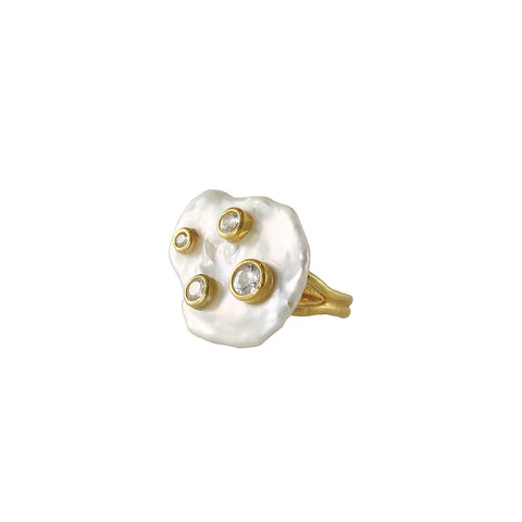 Coin pearl ring with gold plated and white cubic zircon stone set on it