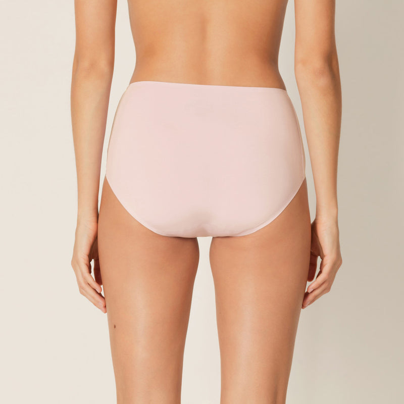 Colour Studio Full Brief - Pearly Pink