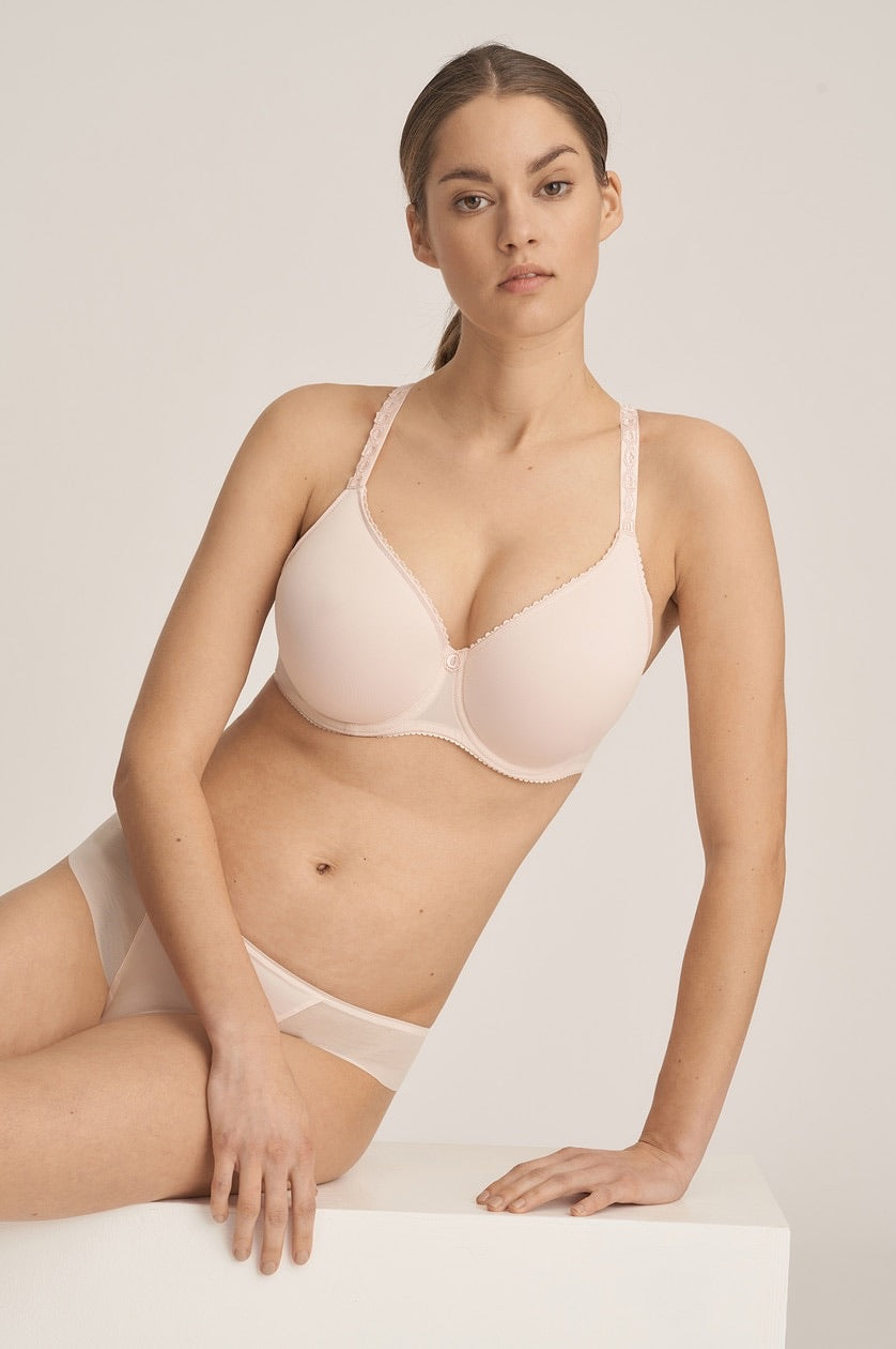 Every Woman Spacer Non Padded Bra