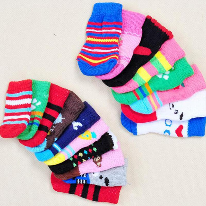 1 set 4PCS Lovely Small Pet Dog Cat Doggy Soft Cotton Warm Knitted Anti Slip Socks Bppts Shoes 4 Sizes Color Random