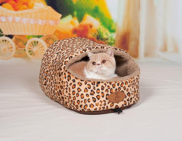 1pcs pet dog cat fashion Leopard house doggy warm soft kennels puppy washable bed dogs products pets supplies S M