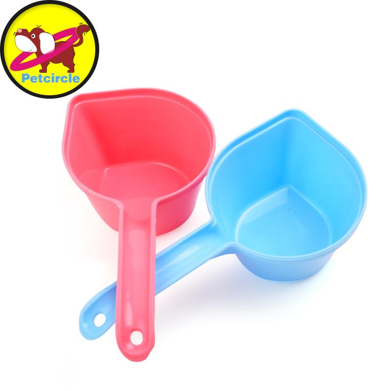 2017 High Quality Plastic Pet Feeding Plastic Food Feeders Shovel Dog Food Scoop 500g Color Random