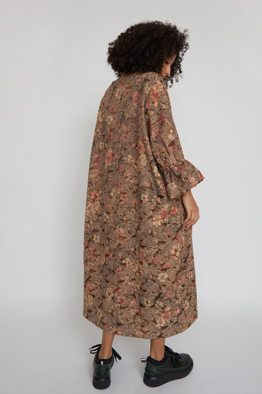 323 Judith Dress in Deadstock Couch