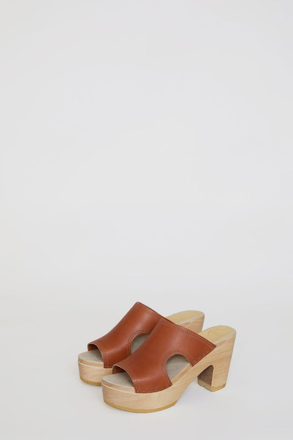 No.6 Alexis Cut Out Slide Clog on Platform in Caramel