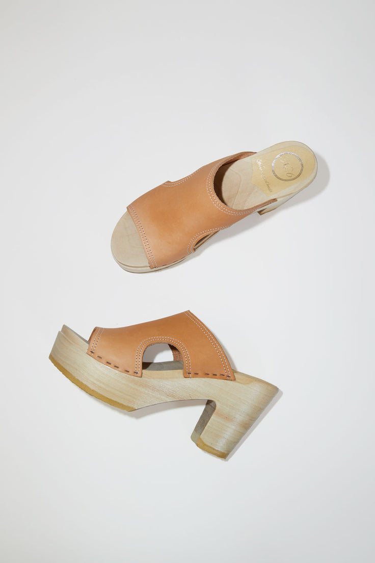 Image of No.6 Alexis Cut Out Slide Clog on Platform in Naked