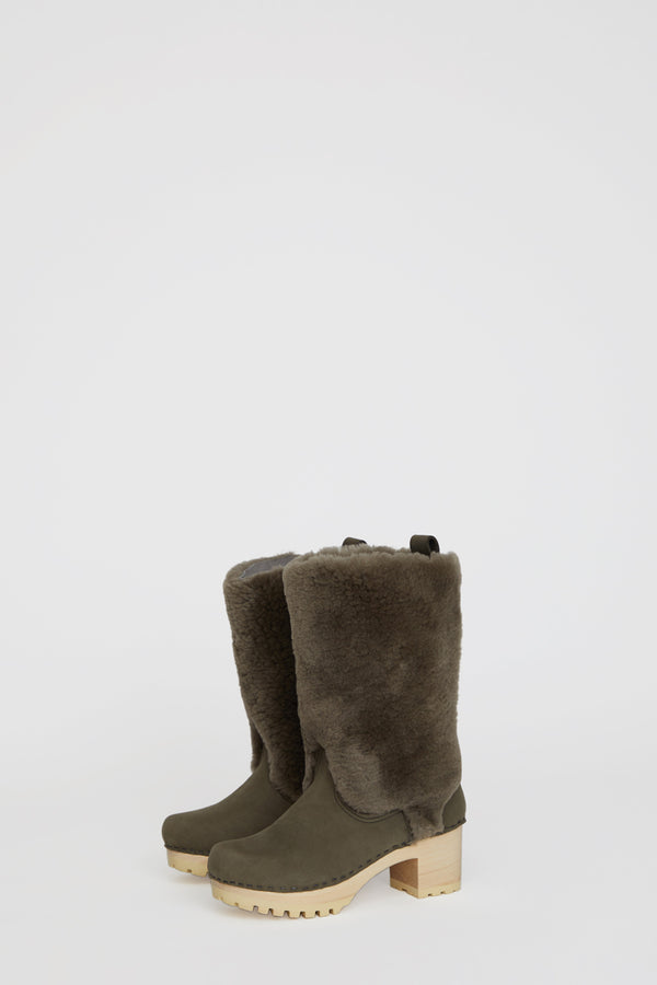 No.6 Alpha Shearling Clog Boot on Mid Tread in Storm Suede on White Base