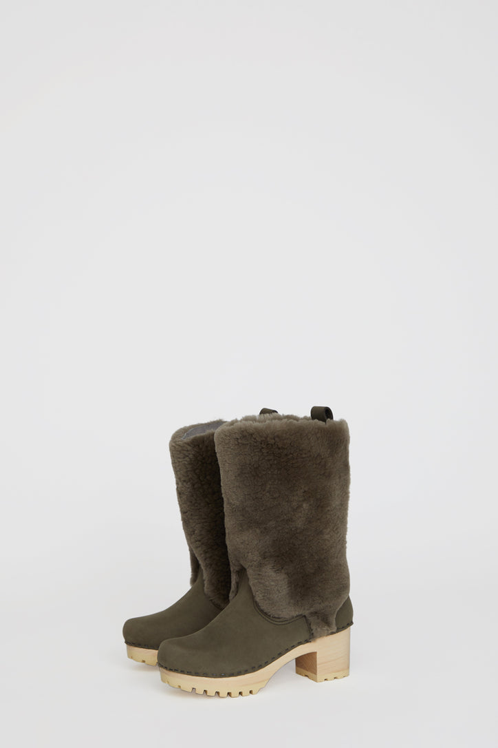 Image of No.6 Alpha Shearling Clog Boot on Mid Tread in Storm Suede on White Base